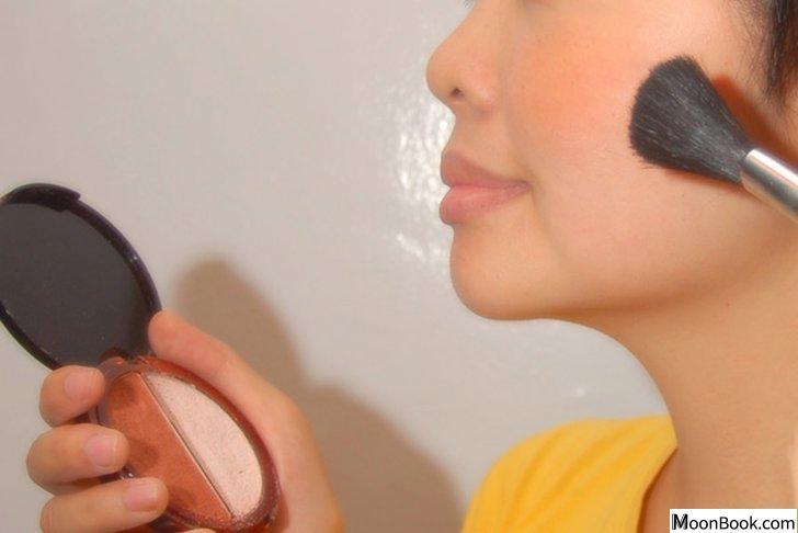 以Choose Makeup Blush 1为标题的图片