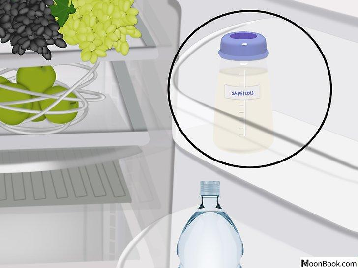 以Store Your Expressed Breast Milk Step 8为标题的图片