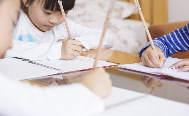 为什么中国孩子就是逃不开补习班?